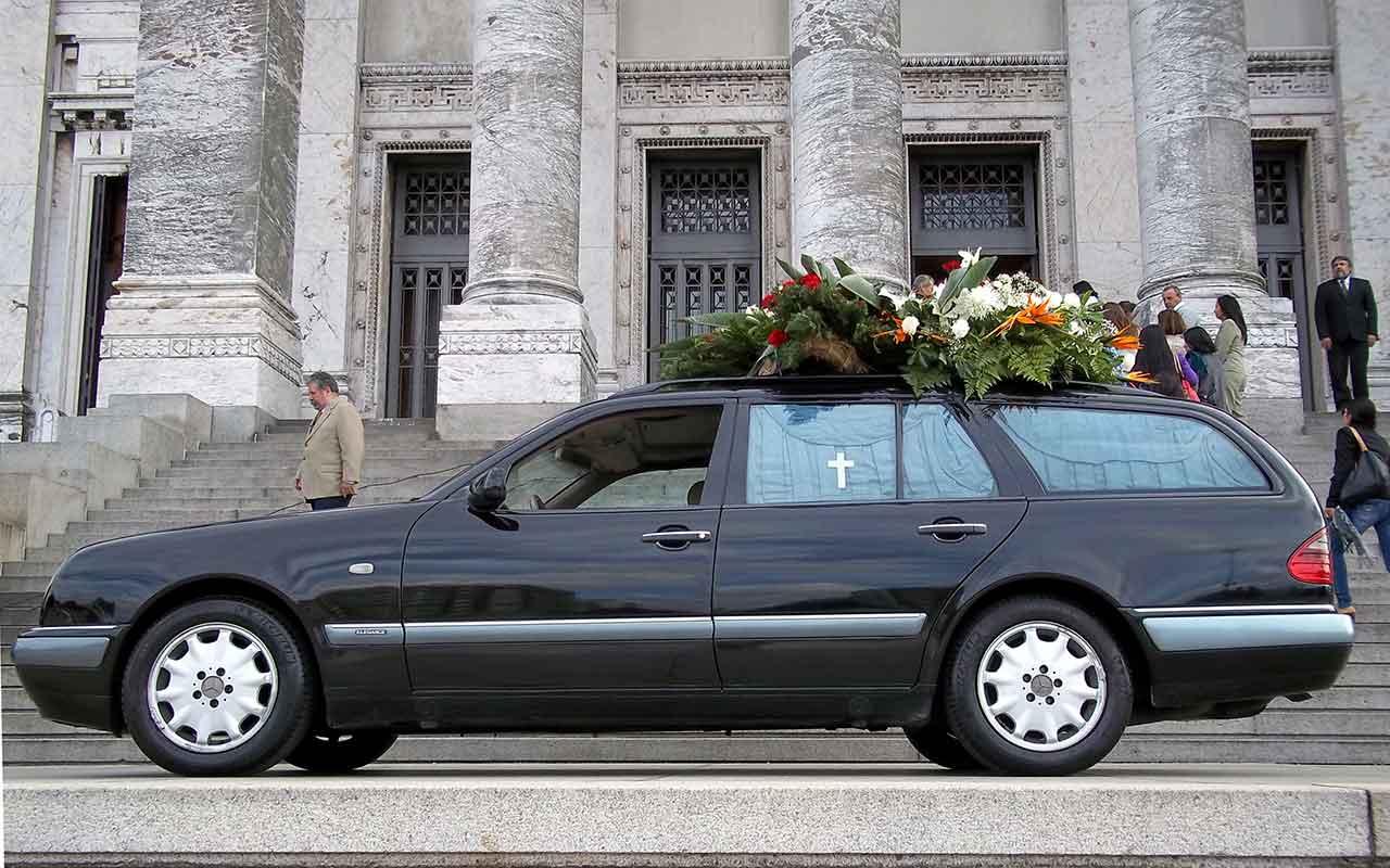 funeraria en Fuentes de Año-Avila