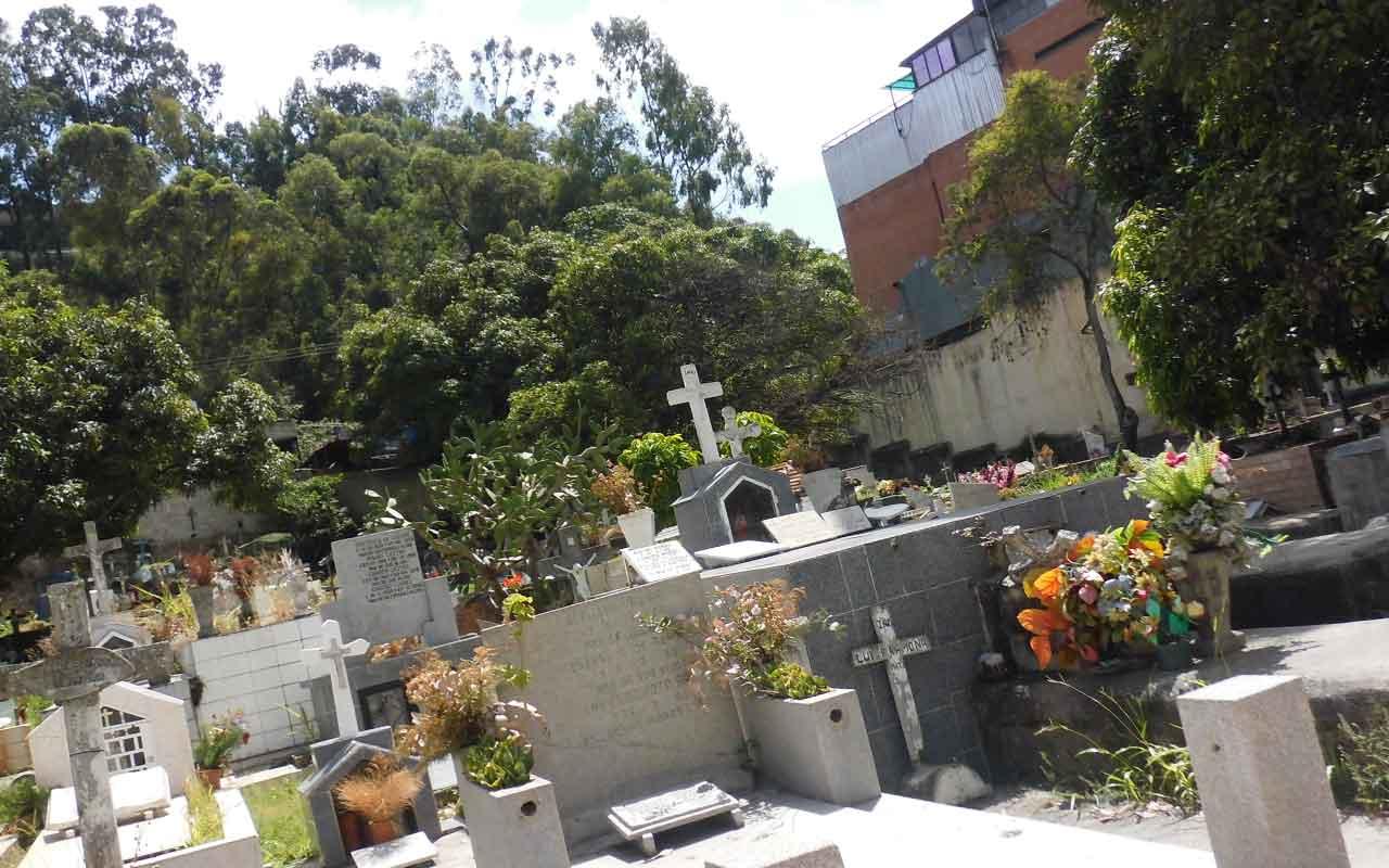 funeraria en Villaverde del Monte